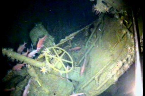 AE-1 tengeralattjáró