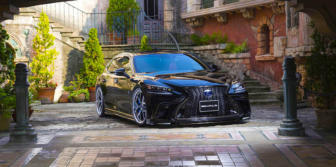Lexus LS Wald International