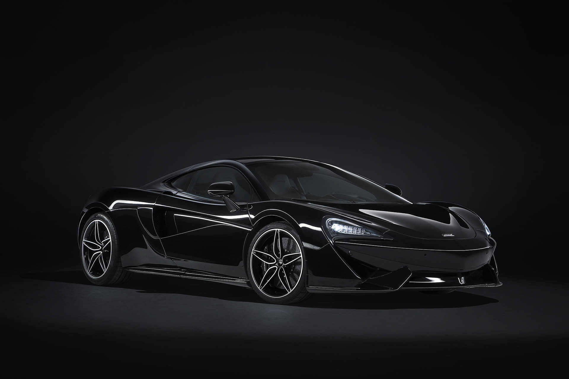 McLaren 570 GT MSO Black Collection