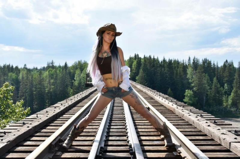 railroad tracks2