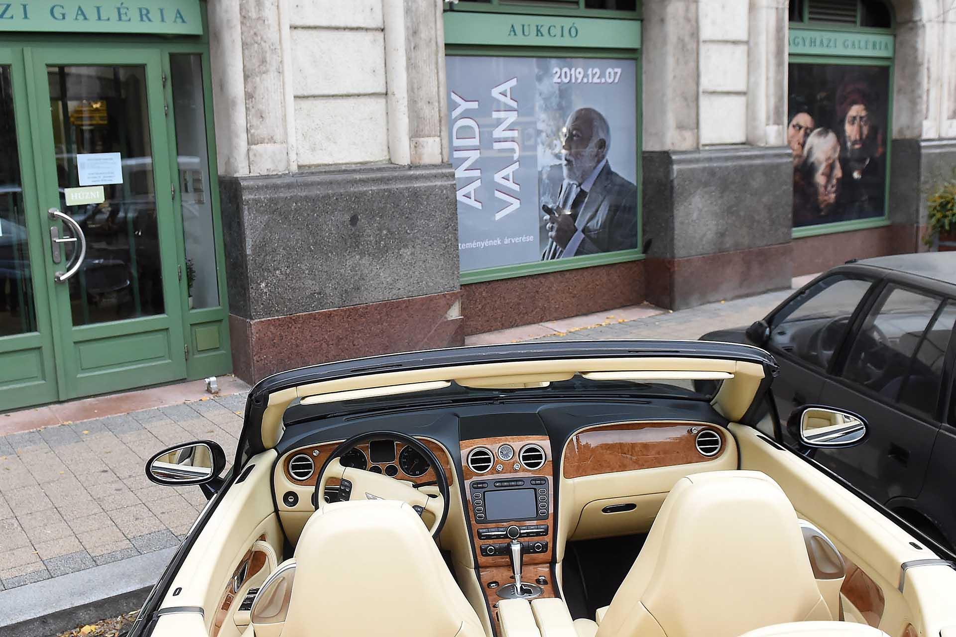 Bentley Continental GTC kabrió