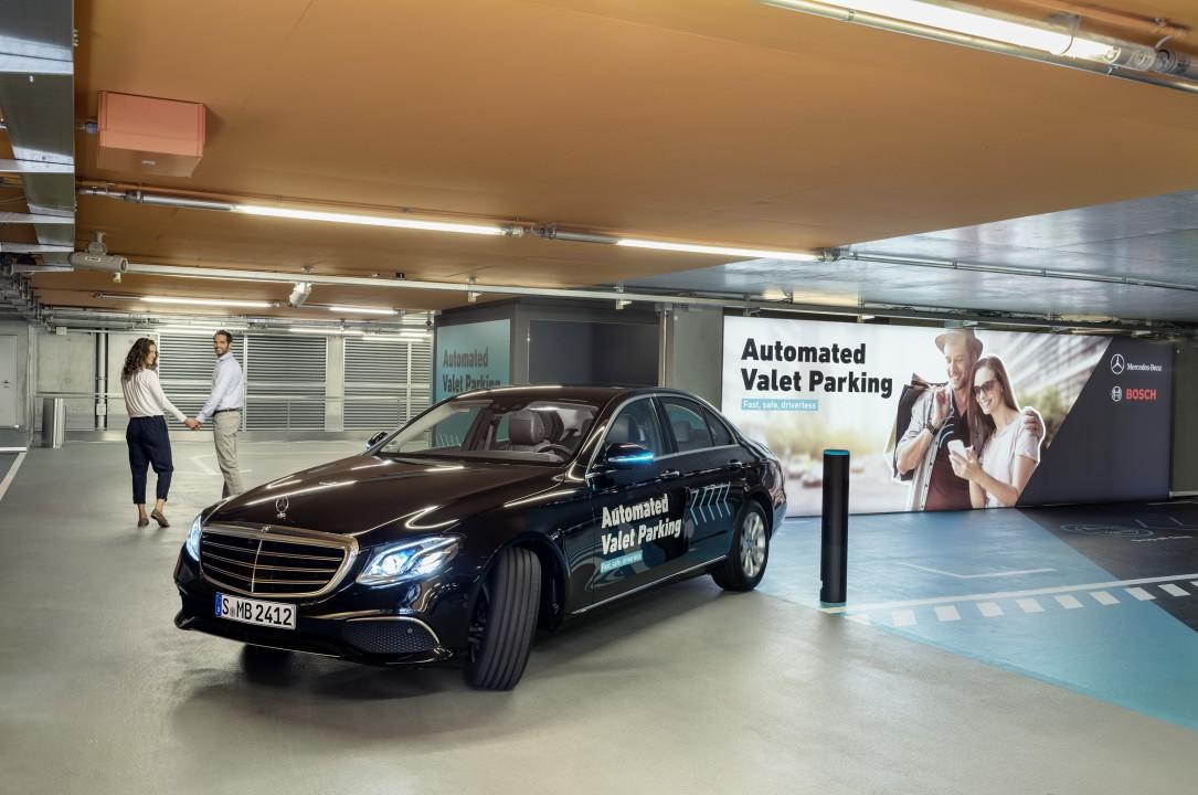 Bosch és Daimler automatizált parkolórendszer