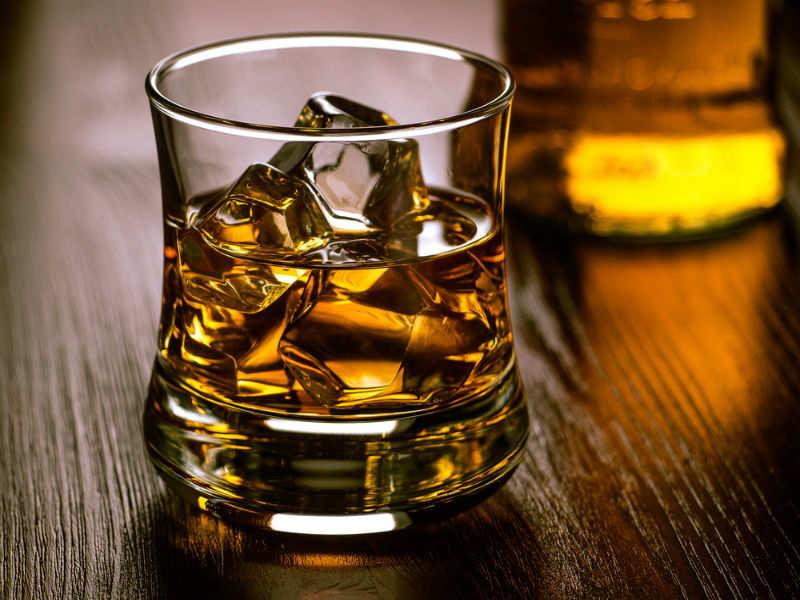 Felkészül a pohár whiskey