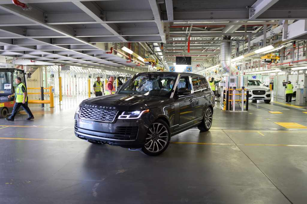 JLR first Range Rover social distance 01 20052020