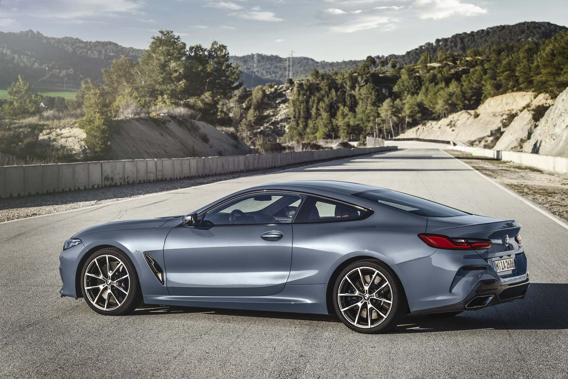 BMW 8 as Coupe9