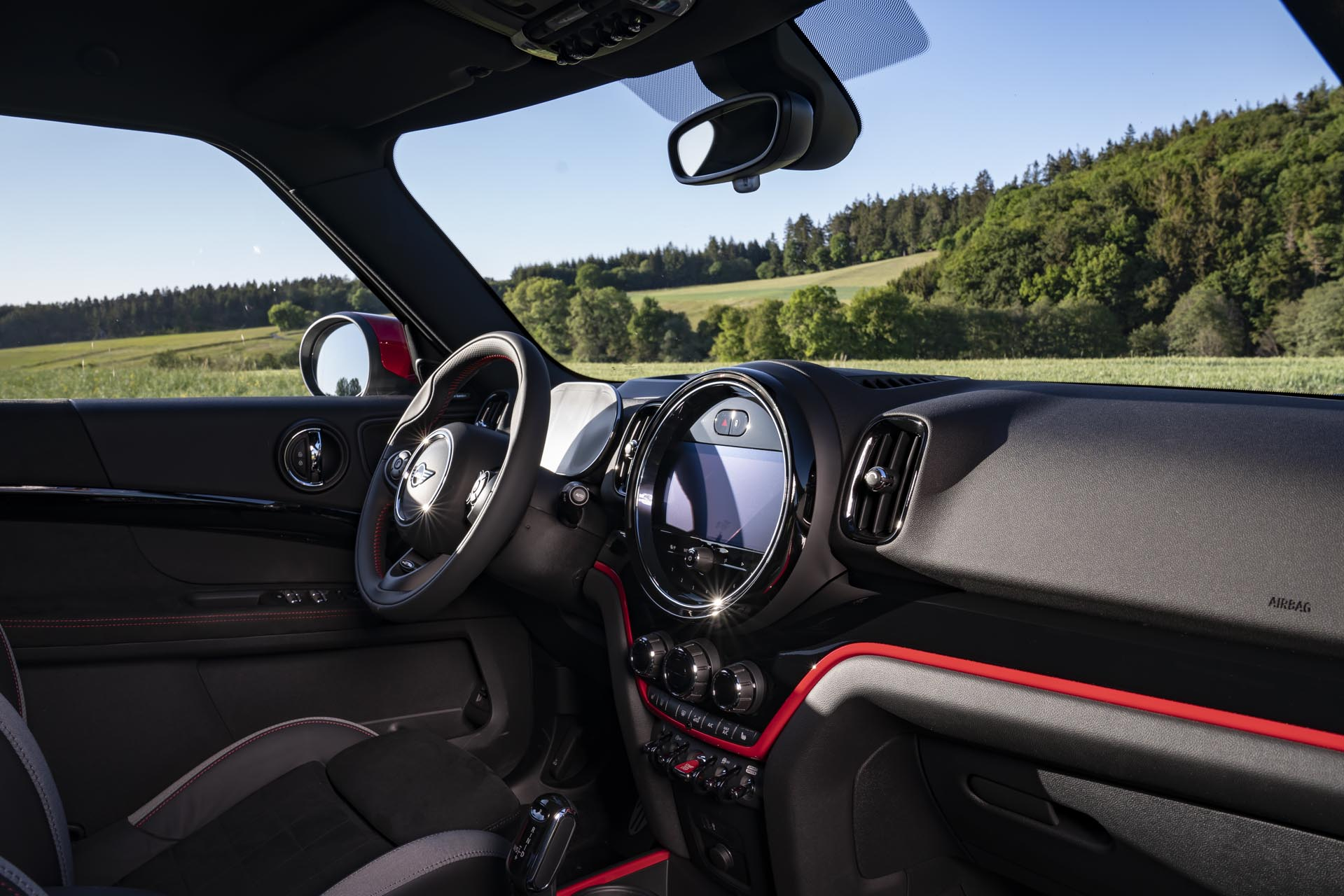 MINI John Cooper Works Countryman21