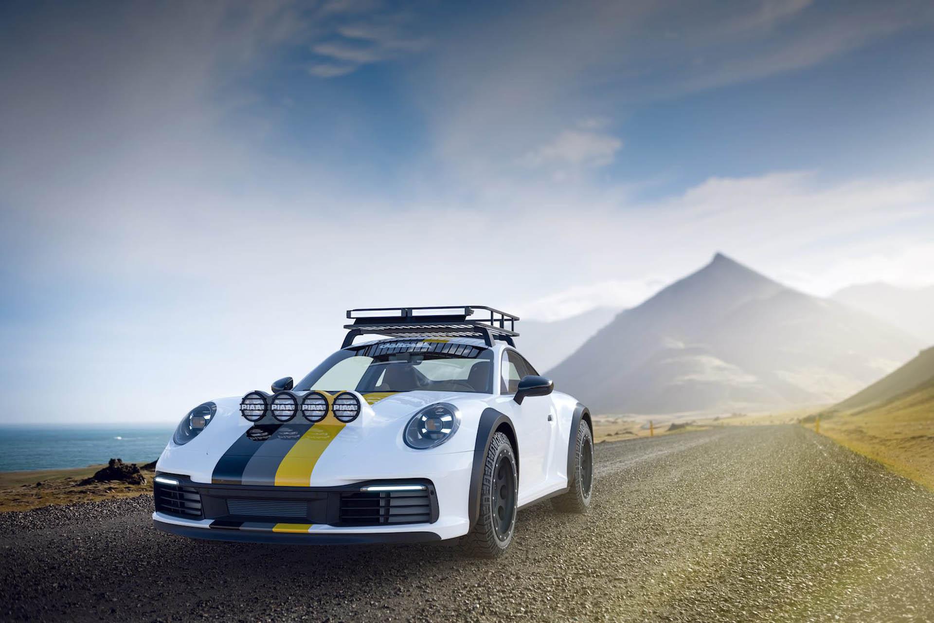 delta4x4 Porsche 911 Carrera 4S Dakar